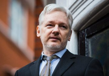 170113-julianassange-editorial-360x250.jpg
